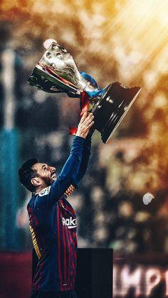 Lionel Messi z Pucharem za Mistrzostwo Hiszpanii La Liga Fc Barcelona Neymar, Fc Barcelona Players, Barcelona Soccer, Barcelona Spain, Messi Y Ronaldinho, Messi Vs Ronaldo, Ronaldo Juventus, Messi Pictures, Messi Photos