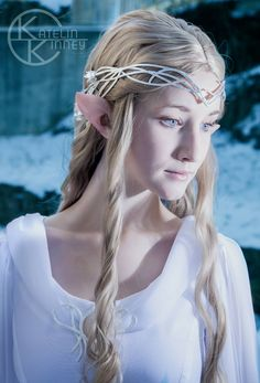 THIS IS A COSPLAY @__@