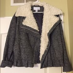 NWOT Bar III Wool Bomber Jacket New without tags. Bar III wool bomber jacket. In perfect condition, has never been worn. Nordstrom & Macy's brand. Faux fur. Make me an offer !✨ Bar III Jackets & Coats