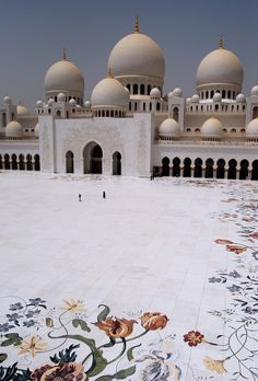 The Triumph of Postmodernism — Sheikh Zayed Mosque  Abu Dhabi, UAE 1996-2007  ...