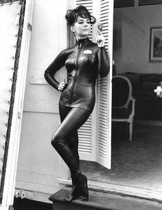 Vintage Scuba Girl Neoprene Pose