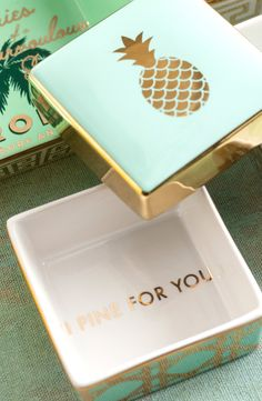 A playful pun makes an unexpected finish inside a tropically inspired porcelain trinket box. Love the blue and gold too. Mystic Fire Topaz, Pineapple Express, Diy Home, Home Decor, Porcelain Ceramics, Porcelain Jewelry, Painted Porcelain, China Porcelain, My New Room