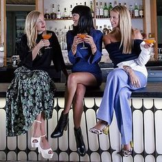 Glamorous, fantastical and girly as ever!  Kicking off fashion week sitting atop the bar @fredsatbarneys @barneysnyofficial with @jfisherjewelry + @real_kate_foley  This swoon approved Fashion Week Fizz will be served all week long @fredsatbarneys | recipe on today's eye-swoon.com #friendsinfreds #NYFW #thewindow | photo captured by @cacahuete_sr