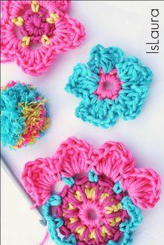 lavorazione fiore a crochet