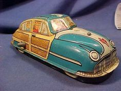 1950s Marx Tin Litho Wind Up Woody Type Toy Car