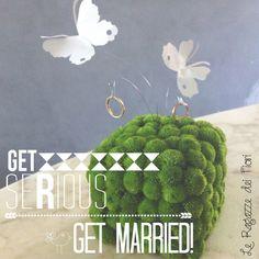 Un porta fedi in verde con volo di farfalle!!! Cristina Gragnolati & Chiara Martini Le Ragazze dei fiori, Torino (Italy) # wedding #floraldesign