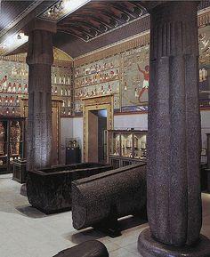 https://flic.kr/p/5R5tDs | Saal 1 | Saal 1 der Ägyptisch-Orientalischen Sammlung im Kunsthistorischen Museum, ca. 1990