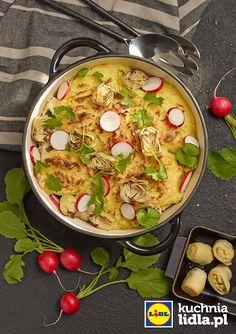 Ziemniaczana zapiekanka z dorszem, kapustą i marynowanymi karczochami. Kuchnia Lidla - Lidl Polska. #lidl #okrasa #zapiekanka