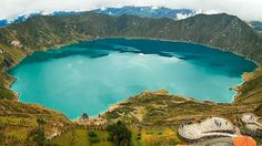 La Laguna del Quilotoa es de origen volcánico, el Quilotoa es el volcán más occidental de los andes ecuatorianos