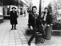 images,The Sex Pistols | The Sex Pistols in Holland 1977 Photographic Print ...