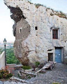 Travel Around The World, Around The Worlds, Unusual Buildings, Foto Instagram, Sardinia, Mount Rushmore, Relax, Italy, Adventure