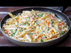 Már 3 napja készítem és nem unom meg – sajtkrémes tészta, egyszerűen elrabol!| Cookrate-Magyarország - YouTube Pasta Penne, Posna Predjela, One Pot, Chorizo, How To Cook Pasta, Fried Rice, Potato Salad, Macaroni And Cheese, Food And Drink