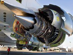 Military and Aviation Turbine Engine, Gas Turbine, Commercial Plane, Commercial Aircraft, Aircraft Maintenance, Aircraft Engine, Jet Engine, Civil Aviation, Aircraft Design