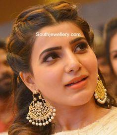 Samantha Prabhu in Gold Chandbalis