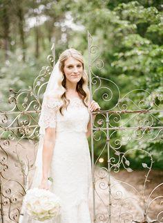 Photography: Heather Waraksa - heatherwaraksa.com Wedding Dress: Anne Barge - http://www.annebarge.com Read More on SMP: http://www.stylemepretty.com/2016/05/04/new-york-outdoor-garden-wedding/