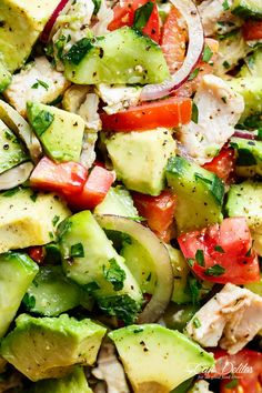 quick and simple chicken cucumber avocado salad is a perfect salad to throw together at any time of the day!This Chicken Cucumber Avocado Salad is another one of those recipes that is so simple to throw together. Salads Without Lettuce, Lettuce Salad Recipes, Chicken Salad Recipes, Avocado Recipes, Cooking Avocado, Cucumber Avocado Salad, Avocado Salat, Avocado Chicken Salad, Tomato Salad