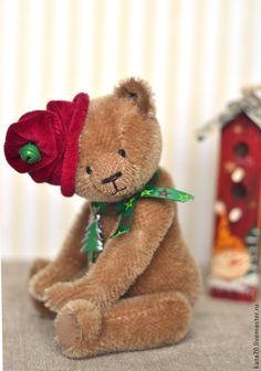 ДЖУНИОР. Кому подарок? - бежевый,розыгрыш,подарок,акция,новый год,мишка