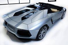 Lamborghini-Aventador-Roadster-2013-012.jpg 1,920×1,278 pixels