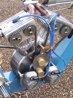 Rotary Valve / Now that's something I'd like to know a little more about. Steampunk Motorcycle, Motorcycle Mechanic, Motorcycle Engine, Car Engine, Vintage Motorcycles, Cars And Motorcycles, Motorbike Parts, Motorised Bike, Vintage Cycles