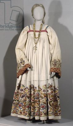 Actual Renaissance Garb - extant greek dress Benaki museum, athens