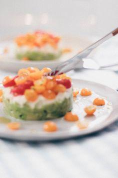 Easy Summer Lunch: Avocado Tartare - Oh La Latkes Avocado Toast, Ketogenic Diet, Lchf, Mozzarella, Paleo, Pudding, Dinner, Cooking