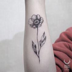 #tattoofriday - tatuagens botânicas por Zihwa Tattooer, Coréia do Sul;
