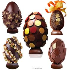 Stunning chocolate Easter Eggs by Paris Confectioner Pierre Hermé Paletas Chocolate, Chocolate Sweets, Easter Chocolate, Chocolate Art, Chocolates, Luxury Easter Eggs, Cool Easter Eggs, Easter Show, Chocolate Showpiece