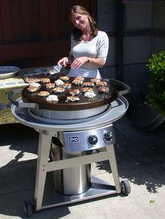 Crab cakes on the Evo Circular Cooktop