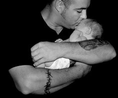 New dads show same oxytocin change as do moms.