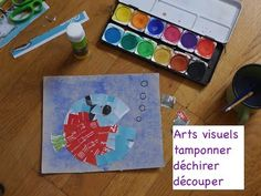 Arts visuels : le poisson  - tamponner  - déchirer -  découper Lectures, Triangle, Cereal Boxes, Small Paintings, Nursery Rhymes, Visual Arts, Preschool, Fish