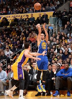 View photos for Photos: Warriors at Lakers - Stefan Curry, Kevin Durant, Los Angeles Lakers, Golden State Warriors, Kobe Bryant, Nba, Basketball Court, Boys, Sports