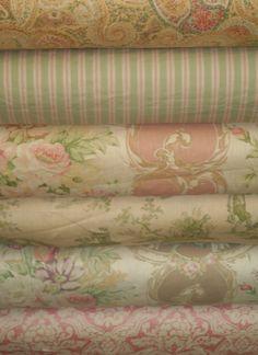Linens - so going to make some dinner napkins!