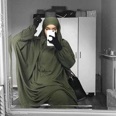 Today Back to khaki ?? #Jilbabhayya is back in stock in khaki ?? www.madinaparis.com #hijab #hijab #couple Islamic Fashion, Muslim Fashion, Modest Fashion, Hijab Niqab, Hijab Chic, Niqab Fashion, Modern Hijab, Outfit Look, Hijabi Girl