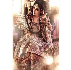 Effortlessly chic bride