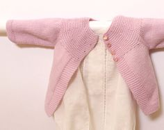 Baby Cardigan / Knitting Pattern Instructions in French / PDF Instant Download / Sizes Newborn / 3 / 6 / 12 months