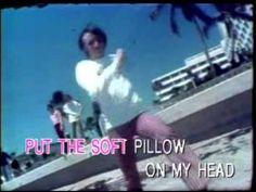 Robin Gibb Holiday Rare Video