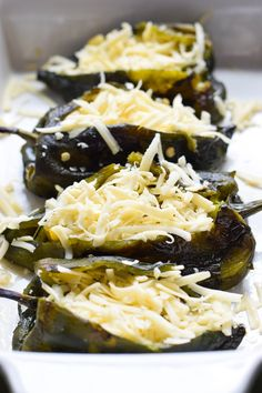 Baked Vegetarian Chile Rellenos - a healthier version of the traditional Mexican dish, these stuffed poblanos are baked and filled with veggies and cheese! Mexican Food Recipes, Vegetarian Recipes, Cooking Recipes, Vegetarian Mexican, Vegetarian Appetizers, Vegan Meals, Dinner Recipes, Burritos, Enchiladas
