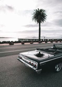 Obtain excellent pointers on old cars. They are on call for you on our site.You can find Lowrider and more on our website. Retro Cars, Vintage Cars, Wallpaper Carros, Bmw Autos, Bmw Classic Cars, Cute Cars, Car Wallpapers, Car Photos, Car Car
