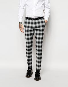 Just when I thought I didn't need something new from ASOS, I kinda do Formal Men Outfit, Casual Wear, Mens Plaid Pants, Latest Fashion Clothes, Fashion Outfits, Men's Fashion, Nigerian Men Fashion, Checked Trousers, Vogue