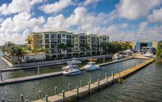 Living on the water is what makes South Florida so special, but having immediate access to Gateway Marina provides a whole new twist to living at Peninsula. Cruise the Intracoastal taking in the sun, go sportfishing off shore with the Boynton Inlet just five minutes away or pull up to your favorite waterfront restaurant for cocktails or dinner. There's just nothing better.