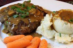 Cooking Dunkin Style: Salsbury Steak with Mushroom Gravy