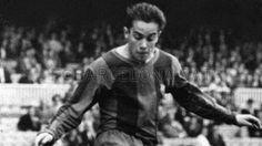 Luis Suárez Ballon d'Or 1960 es un ex futbolista y ex entrenador español. Fue considerado uno de los mejores jugadores del siglo XX.1 Ganó el Balón de Oro en 1960, siendo el único jugador nacido en España distinguido con este galardón y fue dos veces más Balón de Plata (1961 y 1964) y otra Balón de Bronce (1965).