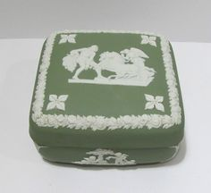 Vintage Wedgwood England White On Green Jasperware Trinket Box #Wedgwood
