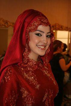 Hatice_Kasik_Guzellik_nisan-modelleri-Turkish bride