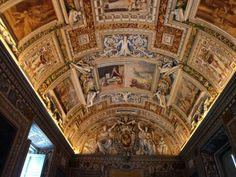 Foto: Iraima B. Mujica Barcelona Cathedral, Madrid, Spain, Tower, Building, Places, Travel, Mini, Sistine Chapel