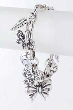 Garden-themed charm bracelet #inspiration #charm #jewelry