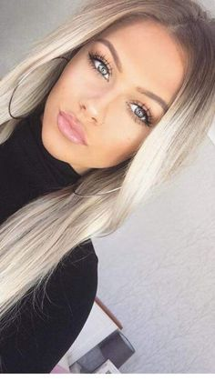 hair hair makeup Makeup Tips for Medium Skin Beauté Blonde, Brown Blonde Hair, Blonde Makeup, Platinum Blonde, Skin Makeup, Blonde Hair Eyebrows, Hair And Makeup, Super Blonde Hair, Ice Makeup
