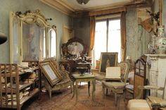 1940s Paris apartment.