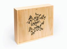 Logan Signature Wines by War Design Wine And Spirits, Sustainable Living, Wooden Boxes, Logan, Wines, Typography, Design Inspiration, War, Crafts