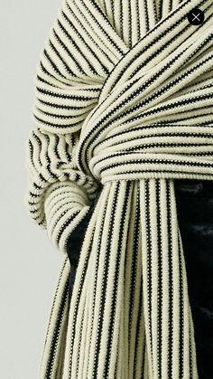 garter rib garter rib History of Knitting Wool spinning, weaving and stitching careers such as BC. High Fashion, Winter Fashion, Womens Fashion, Mode Style, Style Me, Fashion Details, Fashion Design, Look Chic, Mode Inspiration